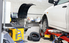 Auto Center Boite - Maulde - Services Pneus